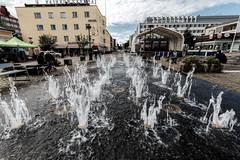 Kajaani (Tuomo Lindfors) Tags: water fountain suomi finland clarity dxo tori vesi marketsquare kajaani suihkulhde topazlabs raatihuoneentori filmpack