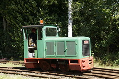 FWM Lok 34 Schma 2687 / 1963 / 3505099/02 / CFL 45 DC / 48 Ps / 600 mm in Feldbahn Museum Oekoven 07-08-2016 (marcelwijers) Tags: 2687 1963 350509902 cfl 45 dc 48 ps 600 mm feldbahn museum oekoven 07082016 fwm lok 37 schma narrow gauge railway germany eisenbahn schmalspur op werd het 40 jarig jubileum van dit smalspoormuseum gevierd jahre jubilumveranstaltung am 34 locomotief gillbachbahn locomotive