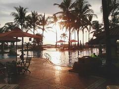 Dont waste sunsets with people who will be gone by sunrise~ #repost Photo by : @silcyakautsr #weekend #sunset #senja #holiday #liburan #anyer #beach #sea #kotaserang #pantai #serang #Banten #Indonesia . http://kotaserang.net/1BFtNAa (kotaserang) Tags: ifttt instagram dont waste sunsets with people who will be gone by sunrise~ repost photo silcyakautsr weekend sunset senja holiday liburan anyer beach sea kotaserang pantai serang banten indonesia httpkotaserangcom
