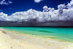 Tanzania - Zanzibar - Rain in Paradise (mho.online) Tags: canon eos 600d sigma 18200 afrika africa tanzania tansania zanzibar sansibar beach strand wasser water sonne sunshine farbig colourful colour farbe sea indian indischer ozean rain regen unwetter sturm storm paradise paradies wolken clouds
