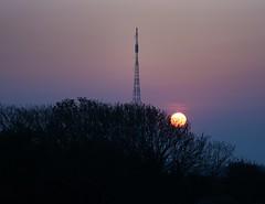 Mast (Lee1885) Tags: sunset sky night dark nikon jersey mast d7100
