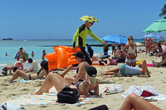 umbrella hat (BarryFackler) Tags: ocean sea beach sunglasses boats hawaii polynesia coast sand waikiki oahu anniversary horizon sunny tourists palm tattoos pacificocean shore palmtree raft honolulu swimmers float waikikibeach umbrellas seashore watercraft swimsuits bikinis nerdy bathingsuits swimtrunks rashguard silveranniversary bathers umbrellahat 2015 25thweddinganniversary sunprotection inflatableraft cutoffshorts our25thanniversary barryfackler barronfackler oursilveranniversary