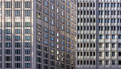 Flat (thewhitewolf72) Tags: fassade hotel potsdamerplatz berlin hochhaus modern fenster abendlicht beisheimcenter