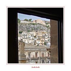 I colori della Sicilia - 22 (Jambo Jambo) Tags: modica ragusa sicilia sicily italia italy chiesa church panorama landscape cityscape unesco patrimoniodellunesco sonydscrx100 jambojambo duomodisanpietro