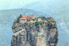 - Aga Trida (LB-fotos) Tags: berge felsen greece greek griechenland klster landscape landschaft meteora metora hellas outdoor  agatrida hdr kalampaka mountains kloster monastery