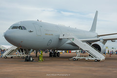 RAAF Airbus KC-30A MRTT A39-001 (Mark_Aviation) Tags: voyage make tattoo plane airplane this see airport long aircraft aviation military air year great navy jet australian royal july saturday 9 aeroplane international airbus service sat af arrival airlines 9th loud raaf tanker active aerospace australians arriving riat 2016 mrtt kc30a a39001 09072016