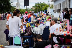 La Negociacin (Lex Arias / LeoAr Photography) Tags: street calle nikon artistic venezuela streetphotography bazar barquisimeto 2016 callejera fotografacallejera nikond3100 everybodystreet leoarphotography lexarias iglexariasphotos