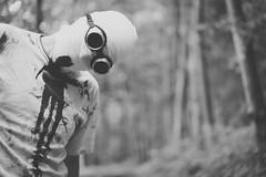 Iieek!! (sfp - sebastian fischer photography) Tags: horror portrait twinturbo zombie zombies zwillinge twins blood gore creepy vsco