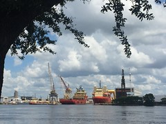 The finishing touches (st_asaph) Tags: shipyard hillsborough portoftampa tampa