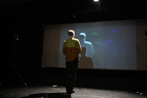 "WORKSHOP: Percepce lidského oka / Video jako zdroj světla na divadle • <a style=""font-size:0.8em;"" href=""http://www.flickr.com/photos/83986917@N04/17060740796/"" target=""_blank"">View on Flickr</a>"