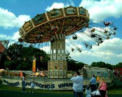 Hammonds Wave Rider (foggyray90) Tags: amusement fairground sherdleypark sthelensshow hammondswaverider