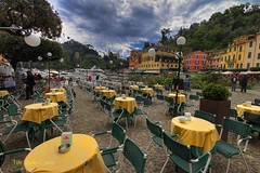 PORTOFINO CAFE (MERLIN08, 1.7Mviews) Tags: italy color tourism harbor chairs tables portofino ligure ou
