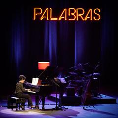 Haydée Milanés al piano