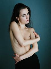 Vera (Hasse Linden) Tags: veraeroshina model portrait portrtt ritratto retrato naturallight
