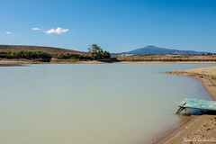 Val d'Orcia - una sorpresa inattesa (carbonelli93) Tags: lake lago val tuscany loch pienza toscana rosso dorcia orcia