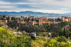 fraternal feelings in front of Alhambra (lucafabbricesena) Tags: alhambra mountain portrait sons granada classic hystorical brothers andalucia fortress
