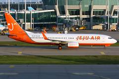 Jeju Air   Boeing 737-800   HL8261   Seoul Incheon (Dennis HKG) Tags: jejuair jja 7c boeing 737 737800 boeing737 boeing737800 aircraft airplane airport plane planespotting seoul incheon rksi icn hl8261 canon 7d 100400