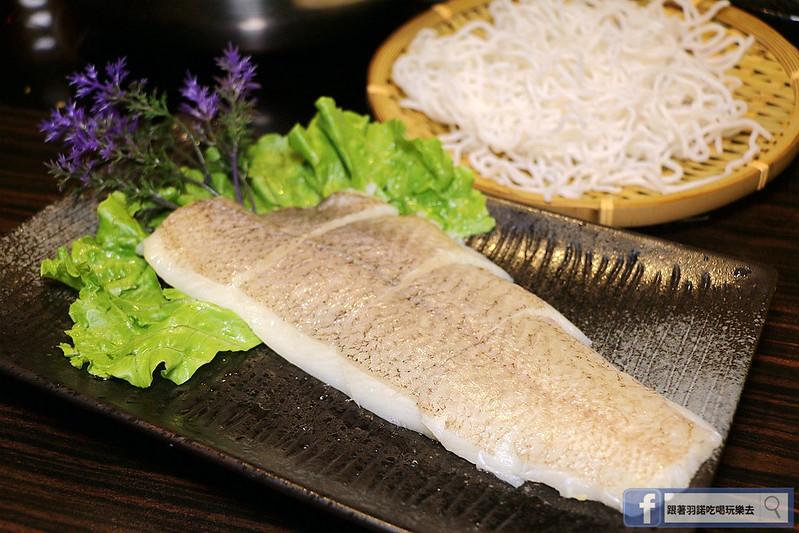 雲之南麗江斑魚火鍋六張犁美食113