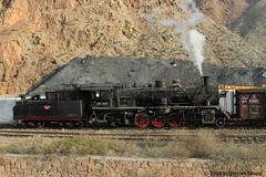 I_B_IMG_8098 (florian_grupp) Tags: asia china steam train railway railroad bayin lanzhou gansu desert landscape loess mountains sy ore mine 282 mikado steamlocomotive locomotive