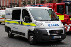 Garda Sochna / 141 D 26902 / Fiat Ducato / Cell Van (Nick 999) Tags: garda sochna 141 d 26902 fiat ducato cell van blue lights sirens led leds police dublin emergency vehicle service gardasochna 141d26902 fiatducato cellvan