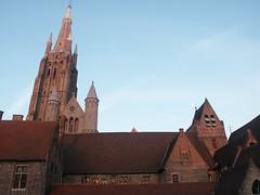 Hôpital saint-Jean à Bruges (alain_halter) Tags: lune belgique ciel brique bruges façade clocher faade régionflamande