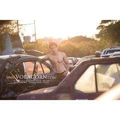 สุสานรถยนต์ ในจังหวัดเชียงใหม่ เล็งที่นี่ไว้พักนึงละ ใหม่อยากถ่ายโปรไฟล์พอดีเลยรีบไปกันเลย กลัวเค้าจะล้างสุสานรถทิ้งไปเสียก่อน  #วรกร #voragornmodel #voragorn #sexy #body #portrait #model #erotic #motivation #mood #muscle #menmodel #thaimodel #thaiguy #th