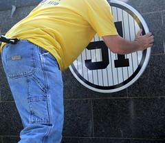 Bernie Williams Day: 5/24/2015 (apardavila) Tags: sports baseball yankeestadium newyorkyankees mlb monumentpark berniewilliams majorleaguebasbeball bernieday berniewilliamsday
