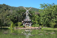 Chiang Mai - Thailand (zoemaxim) Tags: city lake nature windmill thailand see natur cityscapes mai r fujifilm northern lm chiang rai ois windmuehle xe1 xf27mmf28