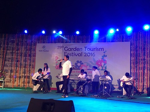 Garden Tourism Festival 2016: Live music performance at the festival.