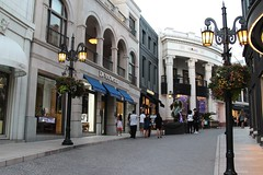 Via Rodeo Drive (Prayitno / Thank you for (10 millions +) views) Tags: california road ca street stone shopping drive la los angeles outdoor dr name famous rich center hills via cobble area shops rodeo beverly items brand luxury shoppe upscale konomark