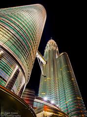 Twin towers (tom_cross) Tags: kl kualalumpur night twintowers