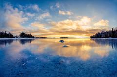 A Cold Winter Memory from the January 2016 (ZoeEnPhos) Tags: sandemar seascape fisheye wideangle canon sweden stockholmsskrgrd archipelago balticsea sea ice rime rimfrost is winter vinter talvi itmeri canonef815mmf4lusm
