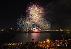 Dadaocheng fireworks 2016  (Jennifer ) Tags: fireworks dadaochengfireworks2016            mitsubishi nikond4 nikond4s zeissdistagont15mmf28zf