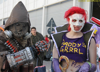 Scarecrow and Duela Dent