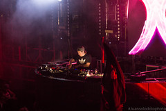 """""""Clip"""" (juansolodolophoto.) Tags: carnival las vegas music electric night garden neon anniversary daisy billy edc noise electronic kenny edm 20th 4b 2016 lookas"""