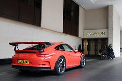 Porsche 991 GT3 RS (R_Simmerman Photography) Tags: street summer orange london hotel garage united parking uae july kingdom harrods arab saudi mayfair qatar supercars valet combo sloane 2016 sportcars londoncars knightbridge hypercars carsoflondon