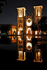 San Fernando Cathedral (jaltmanphoto) Tags: sanfernando cathedral catholic catholocism sanantonio texas building architecture reflection night church riverwalk