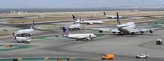 (A Sutanto) Tags: sfo united airlines hub ksfo plane spotting san francisco international airport ua jets airliners