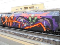 black wind, fire and steel (en-ri) Tags: opak sdk crew viola arancioen rosso train torino graffiti writing aquila mostro eagle monster wholecar endtoend toptobottom