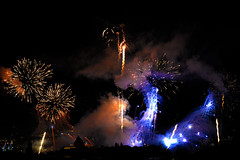 Feux de Genve 2016 (JBGenve) Tags: genve geneva suisse switzerland fireworks feuxdartifice jetdeau ville city sky ciel nuit night