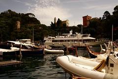 PORTOFINO (eefzed) Tags: portofino harbour mediterranean sea boat yacht carl zeiss contax cy distagon 3514 contaxcy3514 carlzeiss distagon1435 zeissdistagon3514 contaxdistagon3514cy distagon3514cy contaxdistagon3524cy zeissdistagon3524cy