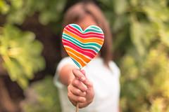 Who wants some? (Nathalie Le Bris) Tags: heart coeur corazn enfant child bokeh flickrfriday simplyirresistible