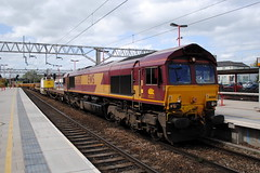 66060 (7R01). (Andy's Railway Photography) Tags: engineers dbs stafford class66 consist 66060 dbschenker alltypesoftransport 7r01 16052015