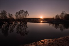 momenti di luce (mat56.) Tags: trees light sunset sun alberi reflections river landscapes moments tramonto fiume atmosphere po antonio sole riflessi paesaggi atmosfera lombardia luce lodi pianura momenti lodigiano padana sennalodigiana cortesantandrea mat56 romei