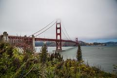 Golden gate (Antonio J. Benete) Tags: california road trip travel bridge usa 3 west fog canon puente golden bay coast us gate san francisco mark palmeras bn cielo 5d alcatraz niebla viajar estados eeuu unidos