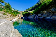 Ponte dei Salti (Funkraft) Tags: ponte del salti lavertezzo ticino tessin suisse switzerland schweiz water wasser blue trkis turqoise rocks felsen verzasca tal ski summer