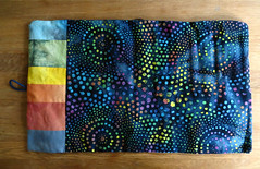 finished: knitting needle roll (dunkelgrunwool) Tags: color art sewing fabric quilting handsewn tiedye dyeing batik shibori handdyed batique