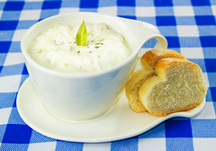 Clam Chowder (Edwin M. Glez) Tags: comida essen food clam clowder cream porcelan blue advertising pan brt publicity publicidad canon 600d t3i