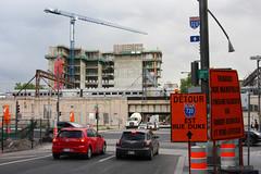 Centre de donnes de Montral (-AX-) Tags: construction montral voiture pancarte villemarie ruestjacques rueuniversity btimentimmeuble centrededonnesdemontral