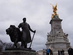 Victoria Memorial (procrast8) Tags: london england britain united kingdom uk buckingham palace victoria memorial